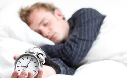 Mẹo nhỏ cực đơn giản này sẽ giúp bạn chìm vào giấc ngủ chỉ trong 1 phút