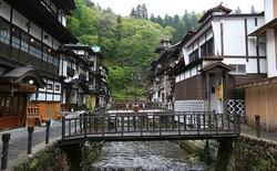 Cách người Nhật biến một thị trấn buồn tẻ, vắng người thành điểm du lịch văn hóa hấp dẫn