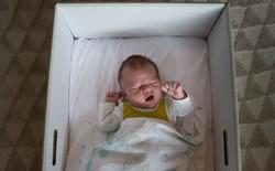 Vì sao trẻ em mới sinh ở Phần Lan đều ngủ trong một chiếc hộp các tông?