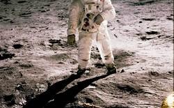 Bộ ảnh tư liệu được phục chế màu đẹp xuất sắc, kể lại sự kiện con người lần đầu tiên đặt chân lên Mặt Trăng