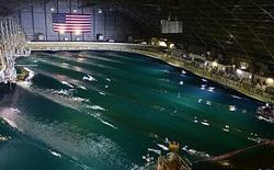 """""""Đại dương trong nhà"""" chứa 12 triệu gallon nước có khả năng mô phỏng những điều kiện tồi tệ nhất có thể xảy ra trên biển"""
