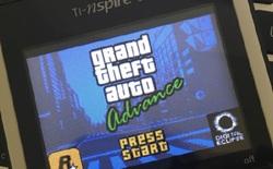 """Console xưa rồi, chơi game trên máy tính bỏ túi mới """"oách"""""""