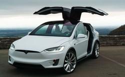Xe gia đình Tesla Model X kéo thêm gần 2 tấn vẫn đua thắng cả siêu xe thể thao 4 chỗ