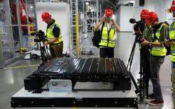 Rò rỉ chất độc hóa học ở nhà máy pin Tesla, may mắn không có thương vong