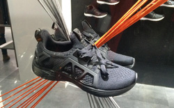 Đánh giá chi tiết 1 trong 100 đôi Biti's Hunter X Midnight Black đầu tiên: đế giống Nike đến lạ, chất lượng tốt, giá chưa đến 1 triệu