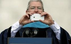 Sau Galaxy S8+ và Pixel 2 XL, cùng nhìn lại bài học chiến lược kinh doanh của Tim Cook trên chiếc iPhone 6 Plus