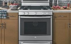 General Electric tung ra sản phẩm lò nướng thông minh có khả năng phát hiện thực phẩm cháy