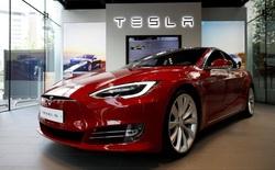Tesla bỏ hơn 10 tỷ USD chưa thu về nổi 10 cent, vì sao thế giới vẫn lên cơn sốt xe điện?