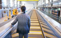 Một hãng sản xuất thang máy vừa cho ra đời dòng thang máy có thể vừa chạy dọc, lại vừa chạy ngang đầu tiên trên thế giới!