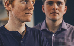 Hai anh em đã biến 7 dòng code thành một startup 9 tỷ USD như thế nào