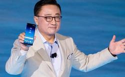 """Samsung đang ở trong thế """"tiến thoái lưỡng nan"""" khi không biết có nên bỏ jack 3,5mm trên Galaxy S9 hay không"""