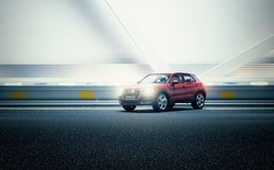 Audi đặt làm quảng cáo xe sang giá 160.000 đô, anh chàng này chỉ dùng 40 đô, thêm tài Photoshop mà làm sản phẩm đẹp không tin được