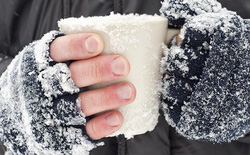 """5 món phụ kiện làm ấm siêu nhỏ gọn có khả năng làm """"tan chảy"""" mùa đông"""
