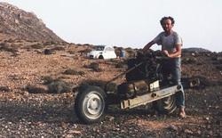 """Xem cách người đàn ông này """"độ"""" ôtô thành xe máy để thoát khỏi sa mạc trong 12 ngày"""