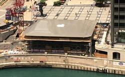 """Apple Store tại Chicago tạm đóng cửa do băng tuyết liên tục rơi xuống từ trên """"mái nhà MacBook"""", gây nguy hiểm cho khách hàng"""