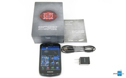Samsung DROID Charge: chiếc điện thoại DROID một thời của Samsung, độc quyền bởi Verizon