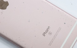 """iPhone 6s giá tốt khiến bạn rất muốn mua, nhưng làm thế nào để phân biệt giữa máy vỏ """"zin"""" và vỏ lô dựng lại?"""