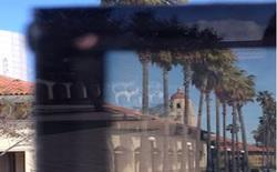Loại kính cửa sổ mới có thể biến từ trong suốt thành mờ đục và ngược lại trong vòng 1 phút, sắp không cần rèm cửa nữa rồi