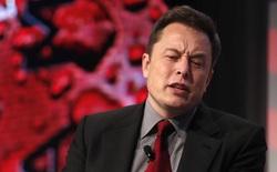 Elon Musk nhắn gửi các nhà đầu tư ép Tesla phải thay đổi: Các ông đi mà mua cổ phiếu Ford!