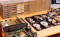 Nghe thử đoạn nhạc rùng rợn tạo ra từ 64 ổ đĩa mềm chạy cùng lúc