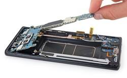 Quyền được sửa chữa: Có nên tẩy chay những chiếc smartphone quá khó sửa chữa để có được sản phẩm tốt hơn?