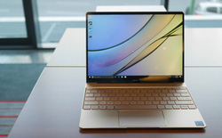 Huawei ra mắt Matebook X 13 inch, rất giống Macbook nhưng có tận 2 cổng USB-C, pin 10 tiếng