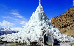 Con người chinh phục thiên nhiên theo những cách không thể tin nổi: xây tháp băng khổng lồ ngay giữa sa mạc