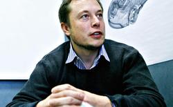 Elon Musk vốn là một mọt sách và hai cuốn tiểu thuyết này đã khiến ông nuôi mộng tạo ra tương lai rực rỡ cho loài người