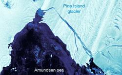 Tảng băng trôi to gấp bốn lần rưỡi quận Long Biên vừa tách ra khỏi Nam Cực