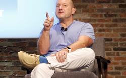 """Trưởng bộ phận thiết kế của Apple: """"Ngày càng có nhiều người sử dụng iPhone sai cách"""""""