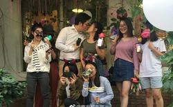 Trung Quốc: Chàng lập trình viên dùng 25 cái iPhone X để cầu hôn bạn gái quen qua game...