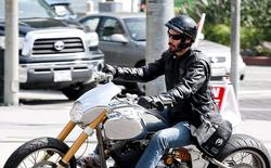 Tài tử Keanu Reeves đem xe phân khối lớn tự thiết kế sản xuất đến hội chợ mô tô quốc tế EICM ở Milan