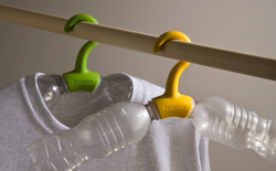 Nhật Bản: Với 7 món đồ siêu sáng tạo này, bạn sẽ không bao giờ muốn vứt chai nhựa đi nữa