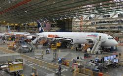 Dạo một vòng quanh nhà máy sản xuất máy bay lớn nhất của Boeing