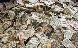 Kết thúc Giáng sinh, gia đình tá hỏa khi nhận hóa đơn tiền điện 284 tỉ USD
