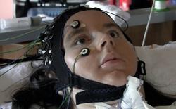 Lần đầu tiên giao tiếp được qua thiết bị đọc suy nghĩ, người liệt toàn thân nói rằng họ muốn sống