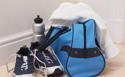 10 thứ mỗi chàng trai cần mang theo khi tới phòng gym