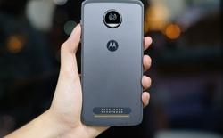Trên tay nhanh Moto Z2 Play: mỏng hơn bản trước, camera khẩu độ f/1.7, chạy Snapdragon 626