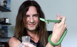 Gặp gỡ Steve Ludwin, người chối bỏ tử thần, tiêm nọc độc rắn vào người suốt 30 năm nay để trẻ và khỏe hơn