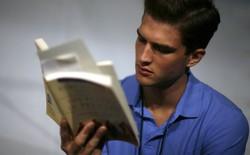 Đọc 200 cuốn sách mỗi năm không hề khó, bạn có tin không?