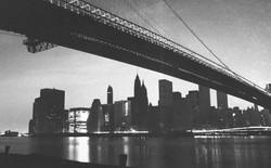 40 năm trước một vụ mất điện đã khiến New York mất 300 triệu USD và đây là những bức ảnh ghi lại sự kiện kinh hoàng này