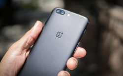 OnePlus 5 gặp lỗi lạ: cứ gọi 911 là máy khởi động lại
