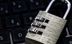 Nhiều bằng chứng cho thấy admin diễn đàn dark web nổi tiếng Hell là một cậu bé 15 tuổi chuyên đi câu trộm Wi-Fi hàng xóm