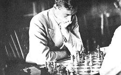 Tìm hiểu về viết mật mã bằng cờ vua - môn thể thao trí óc từng bị cấm vào thời Thế Chiến