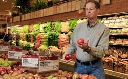 """CEO Whole Foods: """"Tôi đã yêu những chàng trai Amazon ngay từ cái nhìn đầu tiên"""", 6 tuần sau một 'đám cưới' được tổ chức"""
