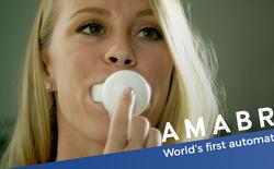 Đây là chiếc bàn chải đánh răng tự động đầu tiên trên thế giới, không cần dùng tay và chỉ mất 10 giây
