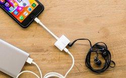 Apple chính thức bán cổng chuyển cho phép vừa cắm sạc vừa nghe nhạc trên iPhone 8
