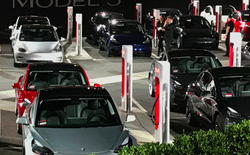 """Consumers Reports ngay lập tức trả lời Tesla sau cáo buộc không đi xe mà cũng đánh giá: """"Hiểu nhầm rồi!"""""""