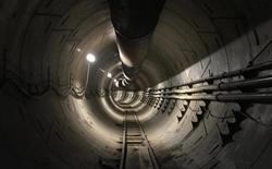 Tỷ phú Elon Musk khoe đường hầm xuyên thành phố vừa mới đào xong