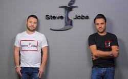 Một hãng quần jean tại Ý được phép lấy tên là Steve Jobs, có logo là chữ J cắn dở nhái Apple